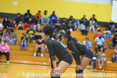 Gallery: Varsity Volleyball vs Spring Woods